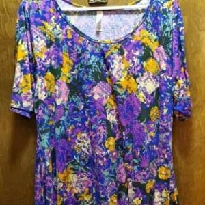 2xl lularoe patterned floral perfect